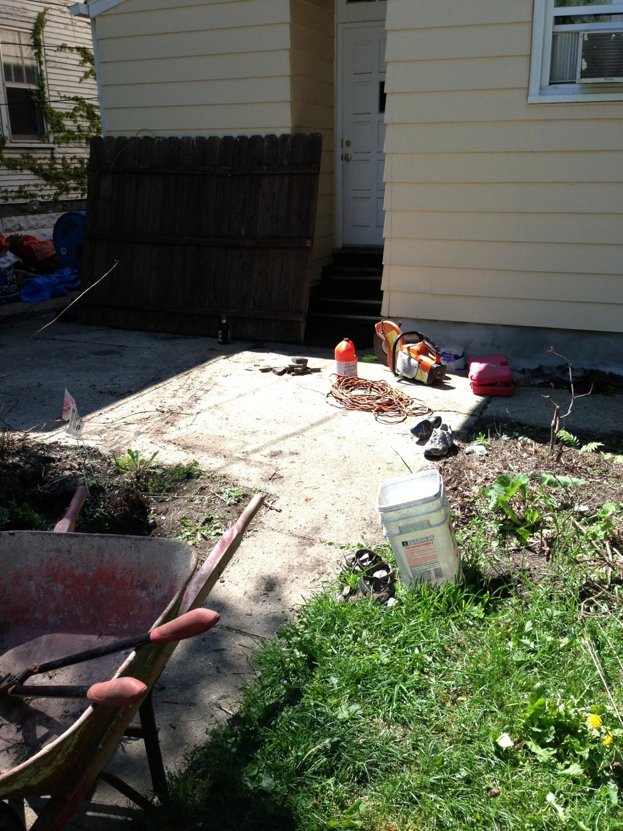 Reyes lawn landscaping co back yard renovation for Cleaning stained concrete patio